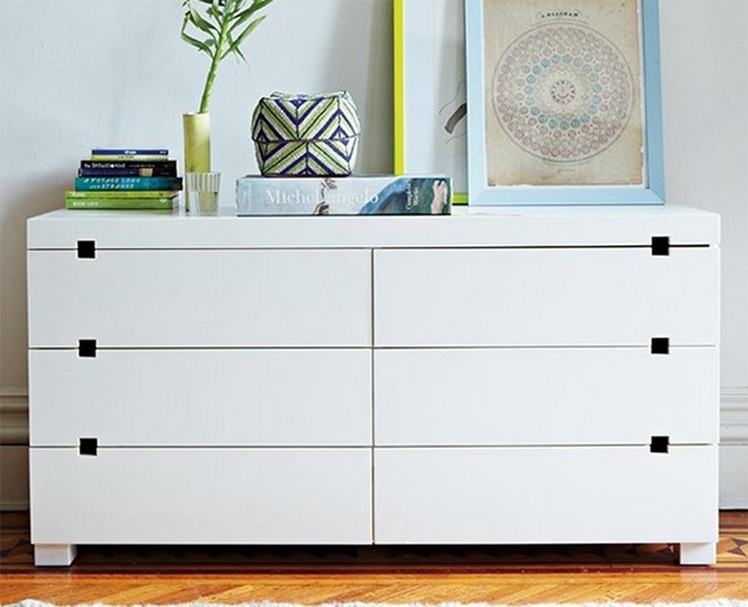 Picture of: How to Decorate a Tall Dresser