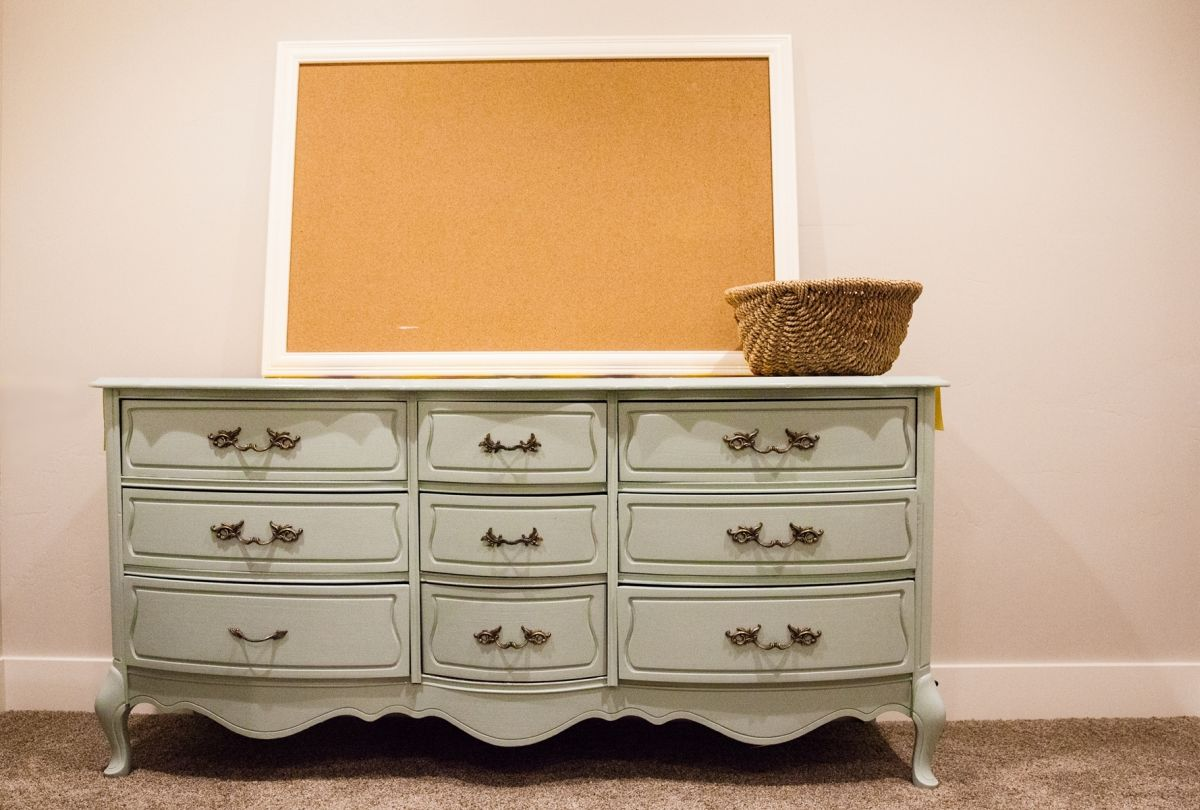 Picture of: How to Decorate the Top of a Tall Dresser