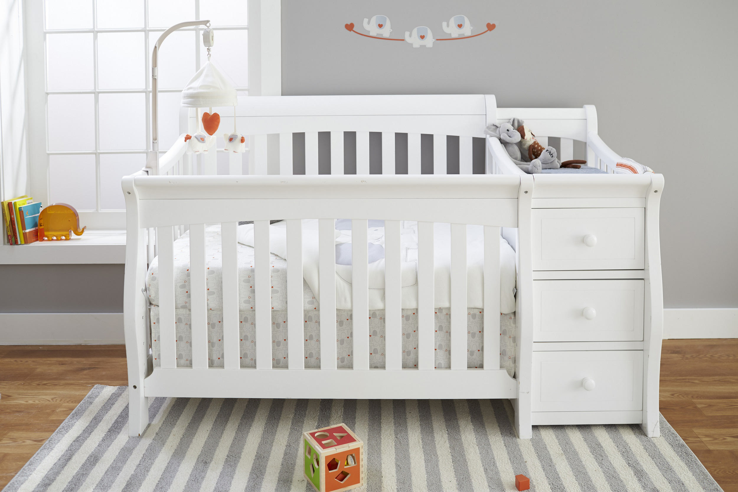 Picture of: IKEA Spoling Changing Table White