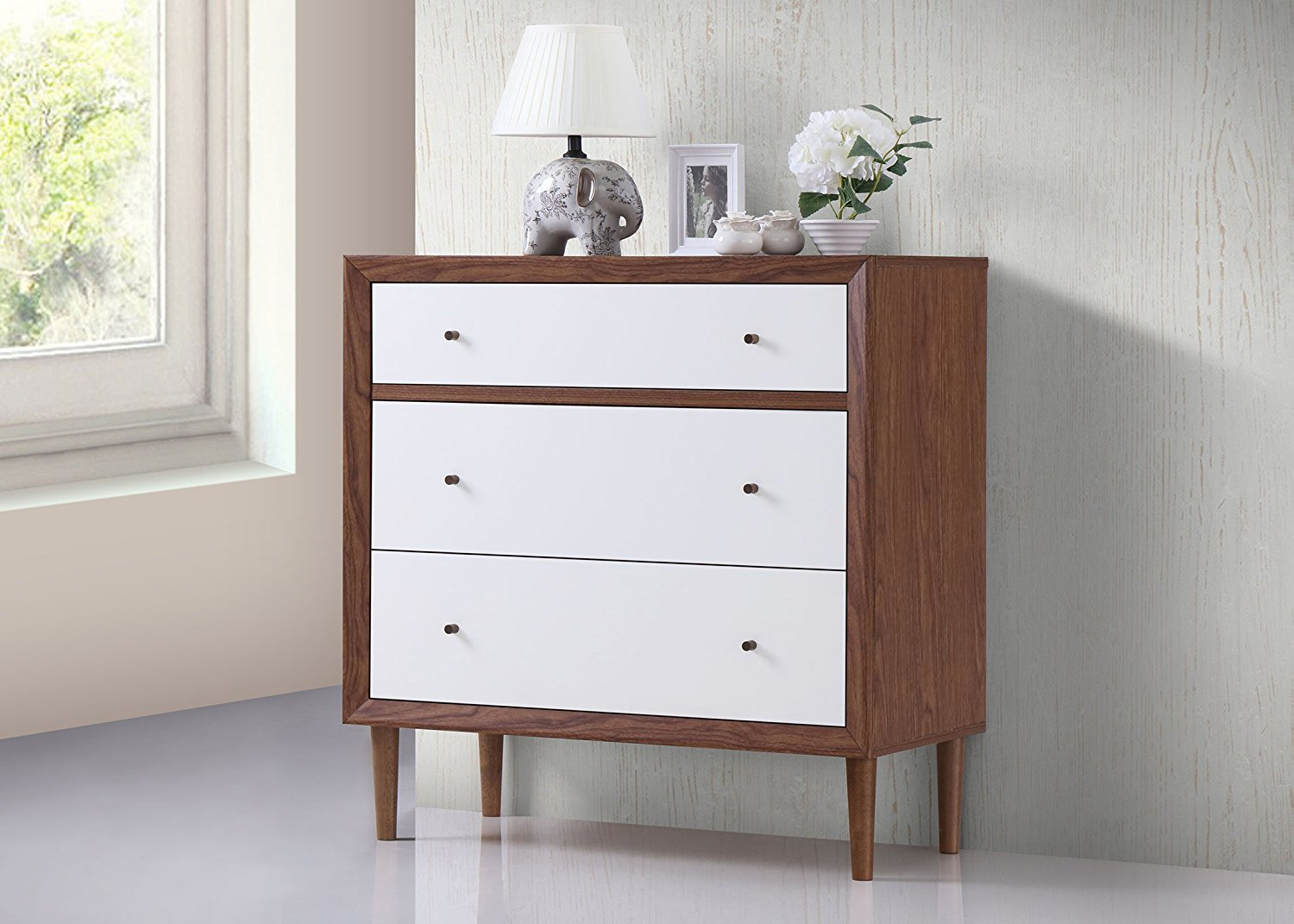 Picture of: Ikea Hemnes 3 Drawer Dresser Wood
