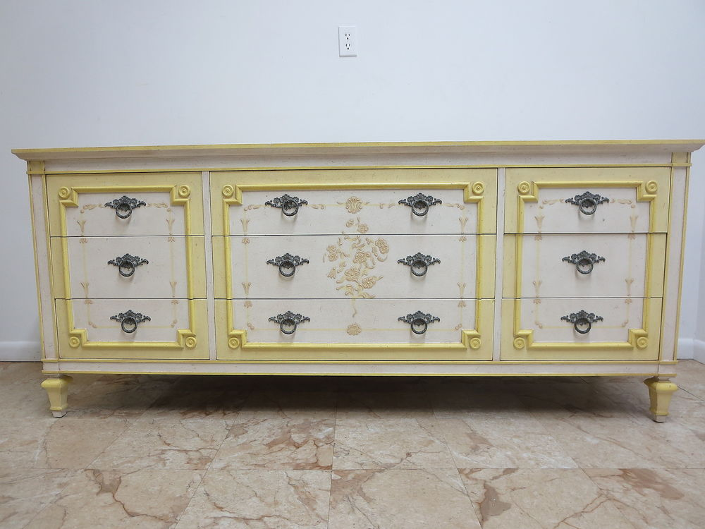 Picture of: John Widdicomb French Provincial Furniture