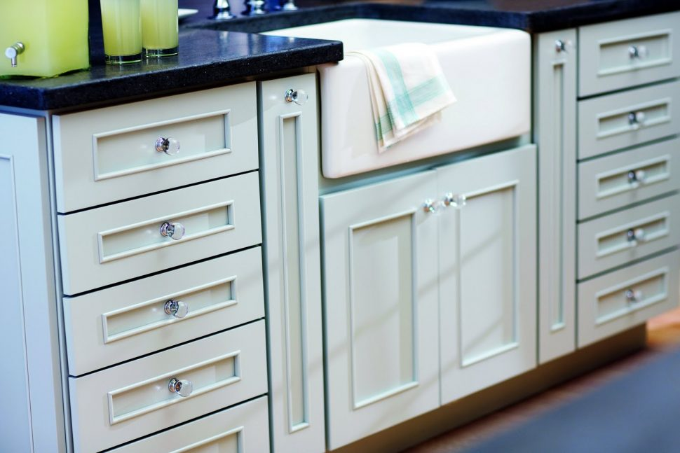 Picture of: Kitchen Western Cabinet Hardware