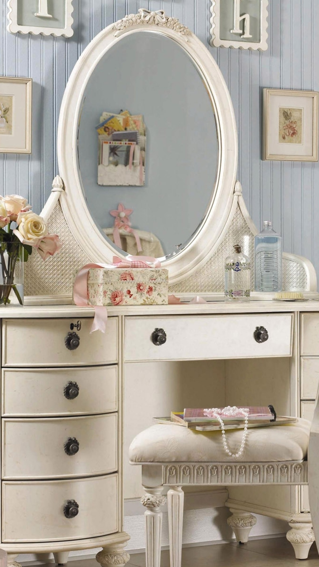 Picture of: Makeup Dresser With Mirror And Shelves