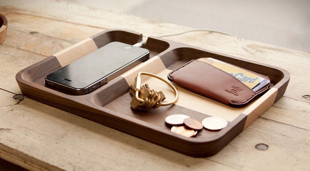Picture of: Mens Dresser Valet Tray