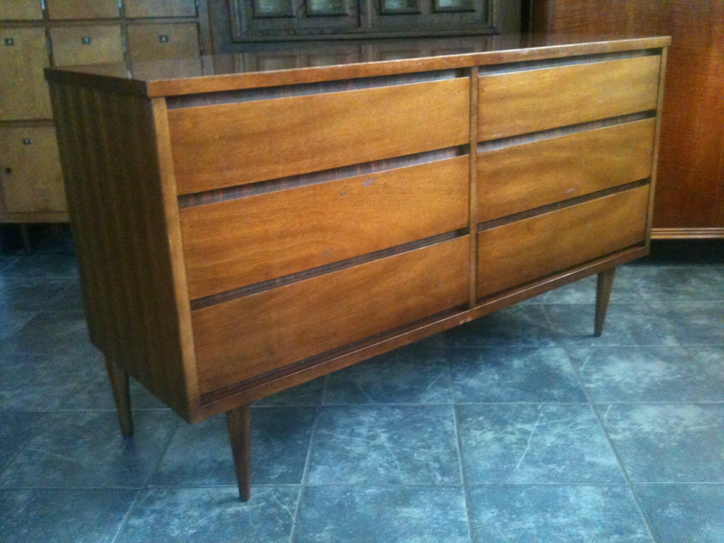 Picture of: Mid Century Modern Dresser Makeover