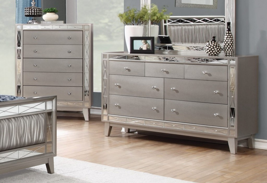 Picture of: Mirrored Dressers and Chests