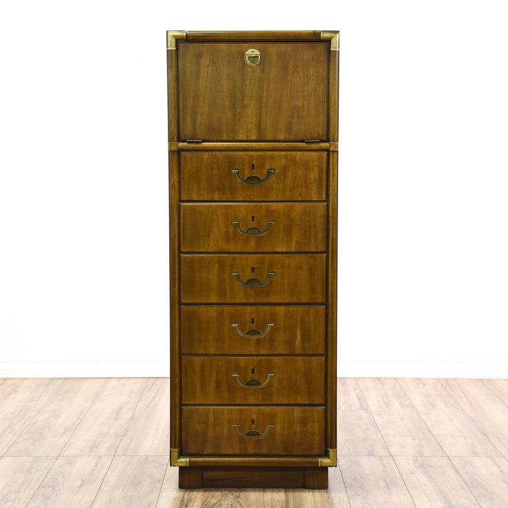 Picture of: Narrow High Dresser