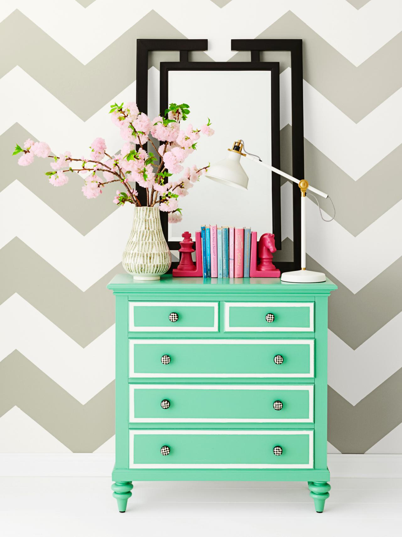 Picture of: Ombre Dresser Diy