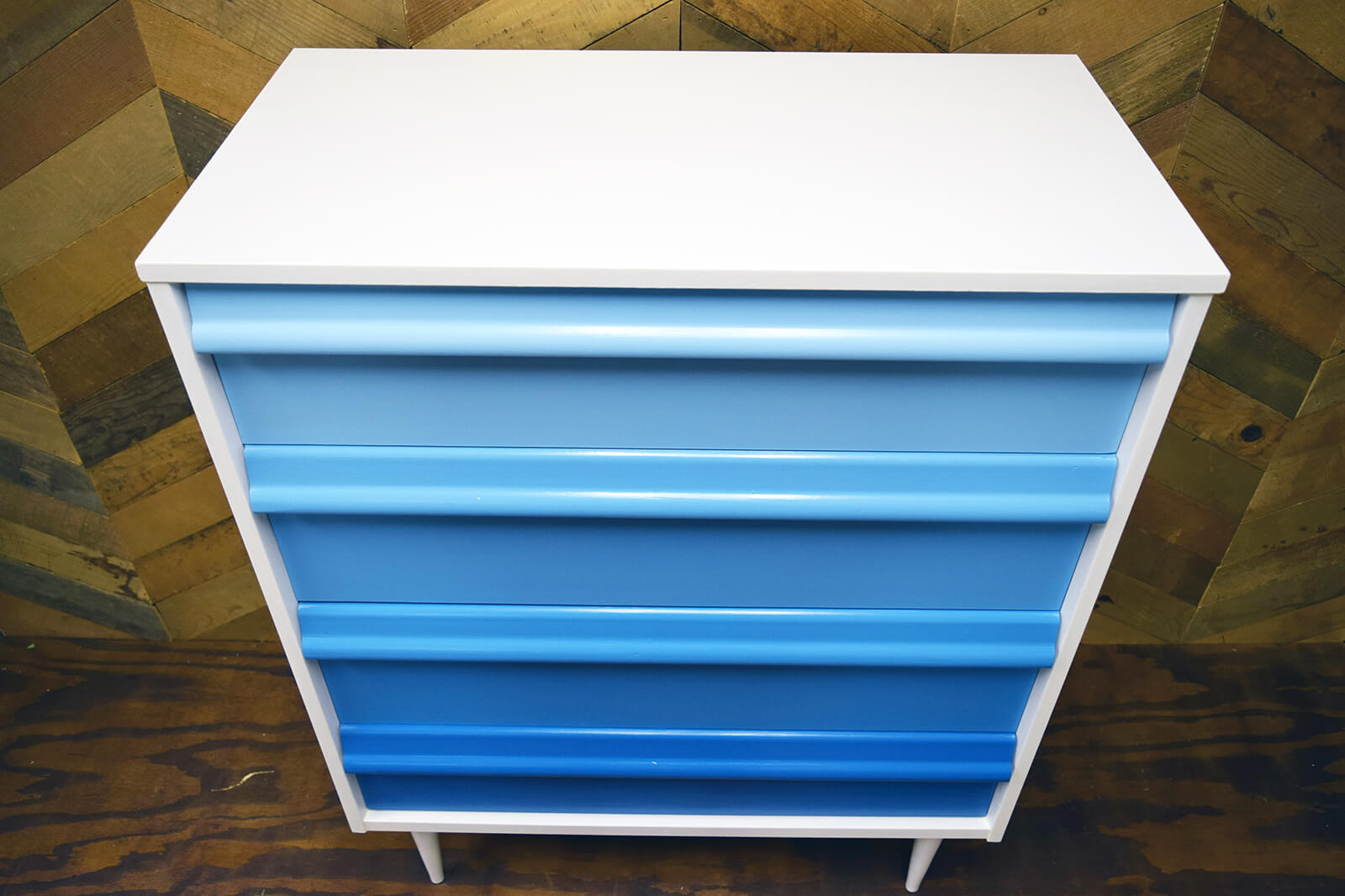 Ombre Toddler Dresser