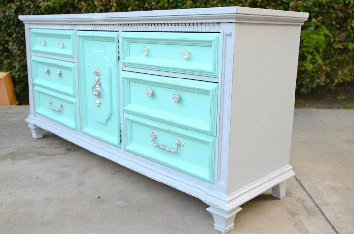 Picture of: Pictures Of Refurbished Dressers