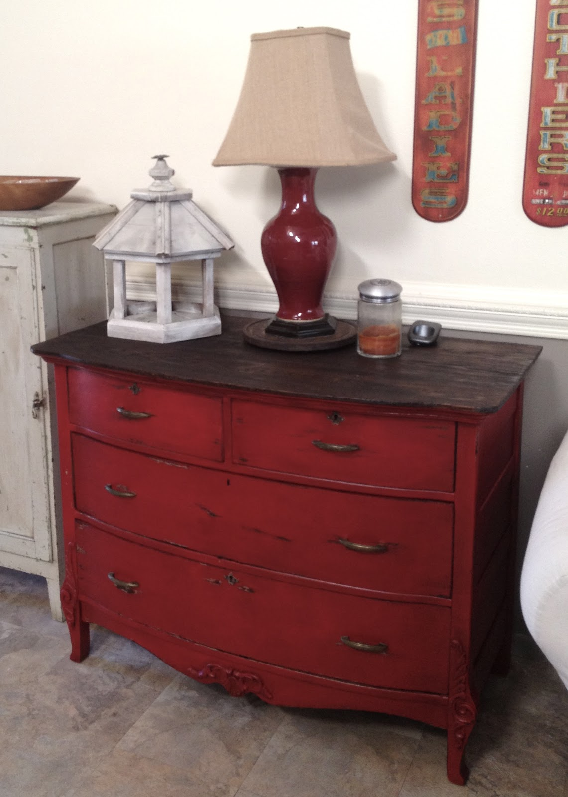 Picture of: Red Bedroom Furniture
