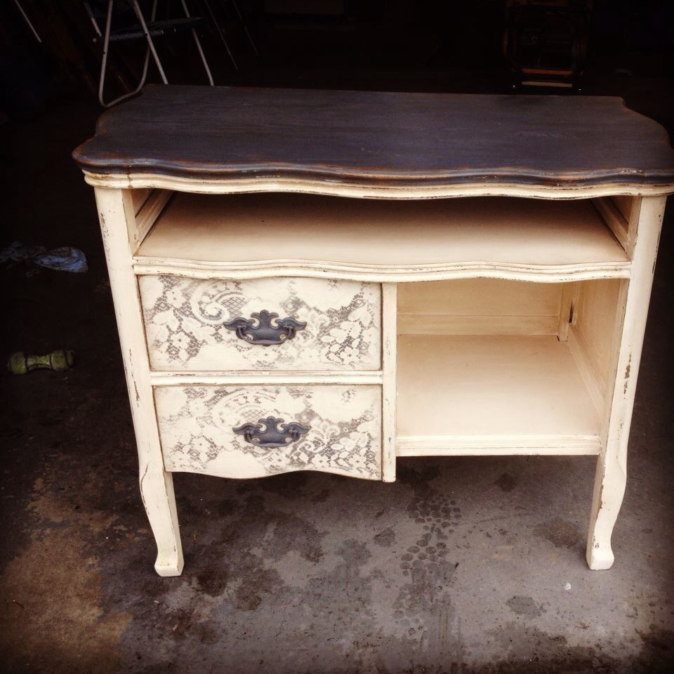 Picture of: Refurbished Kitchen Dressers