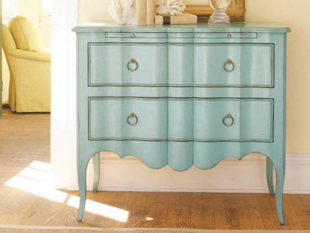 Image of: Shabby Chic Furniture Painting Ideas