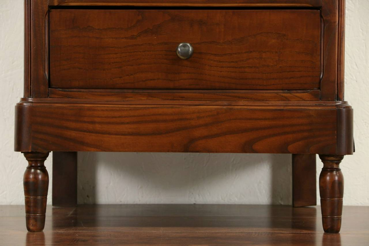 Picture of: Shallow Dressers Legs For Small Spaces