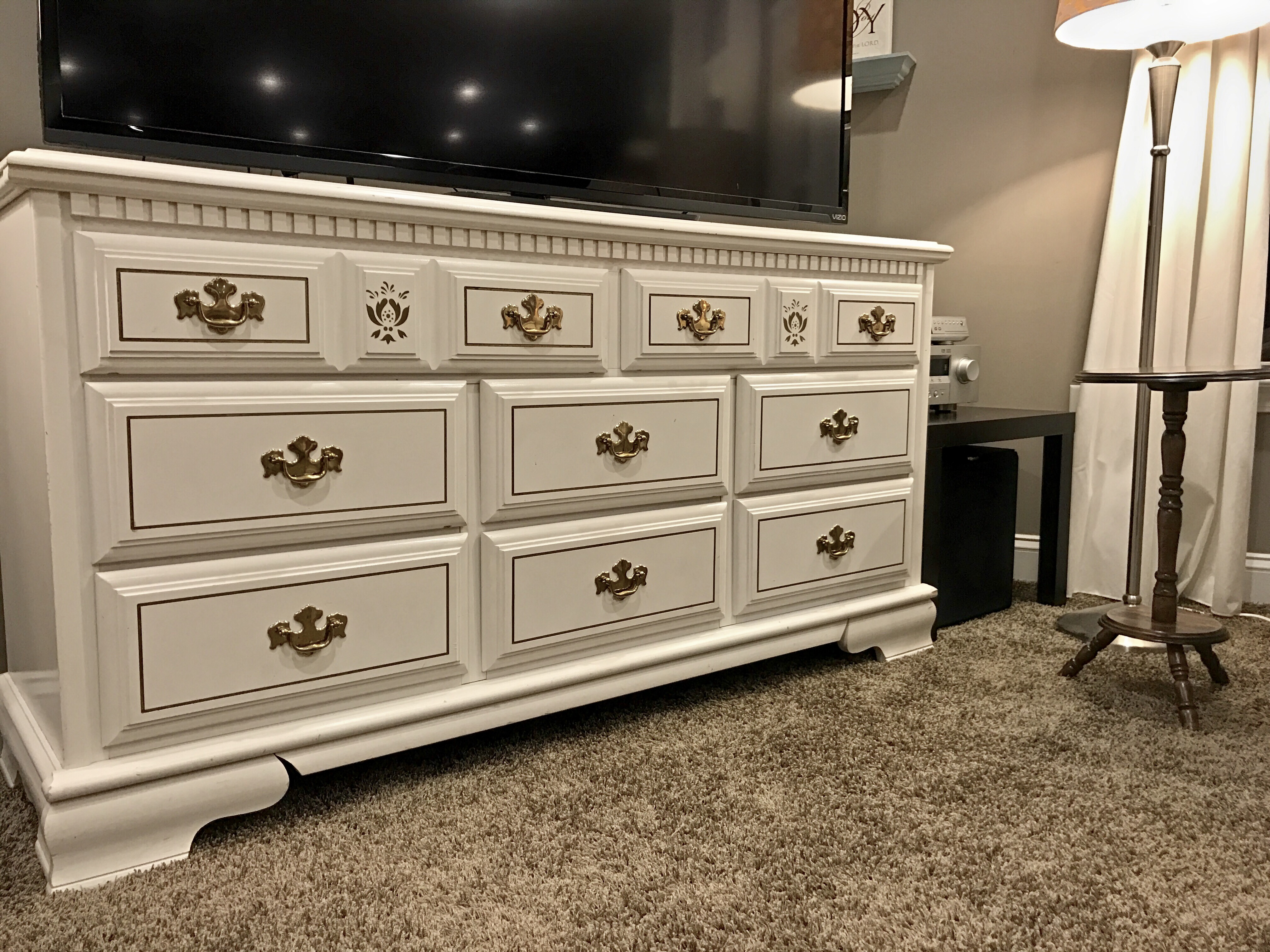 Image of: TV Stand Dresser Combo Ideas