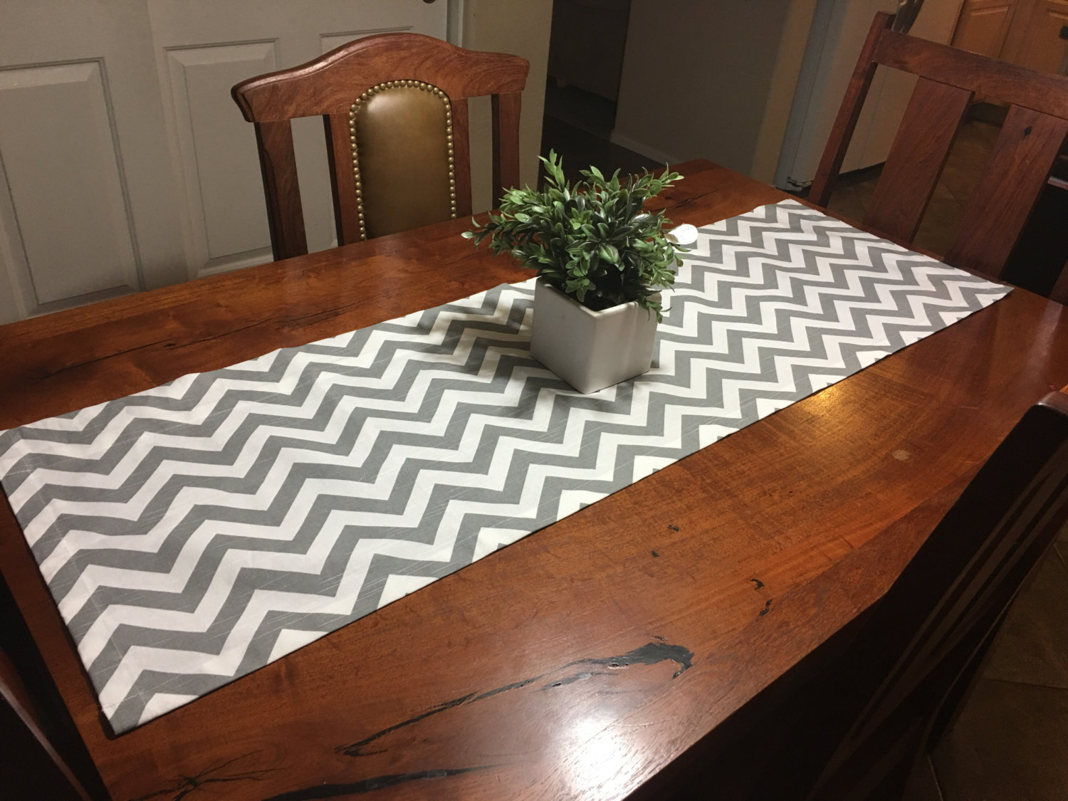 Picture of: Table Runner Size
