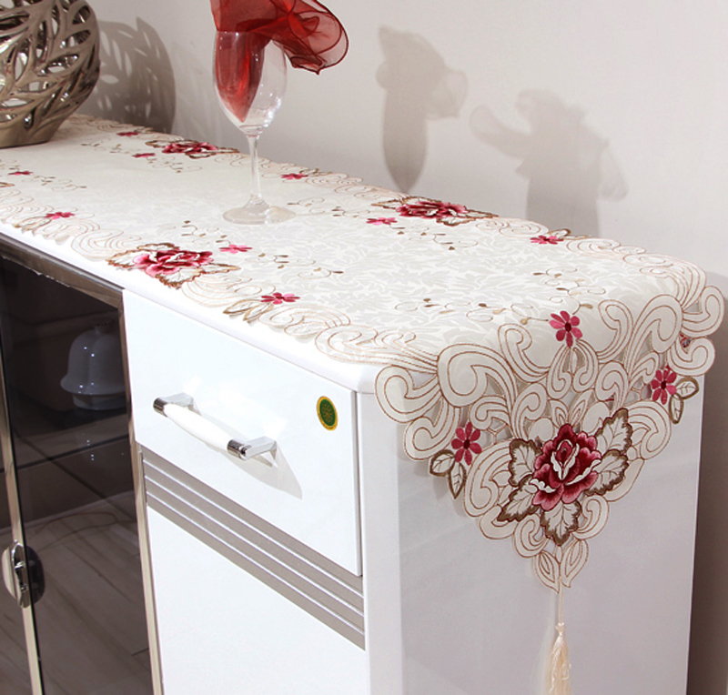 Image of: Table Runners Pattern