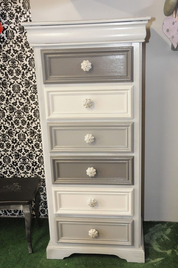 Picture of: Tall Bedroom Dresser Ikea