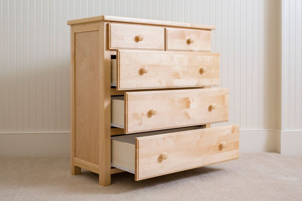 Image of: Tall Dresser Chest Drawers