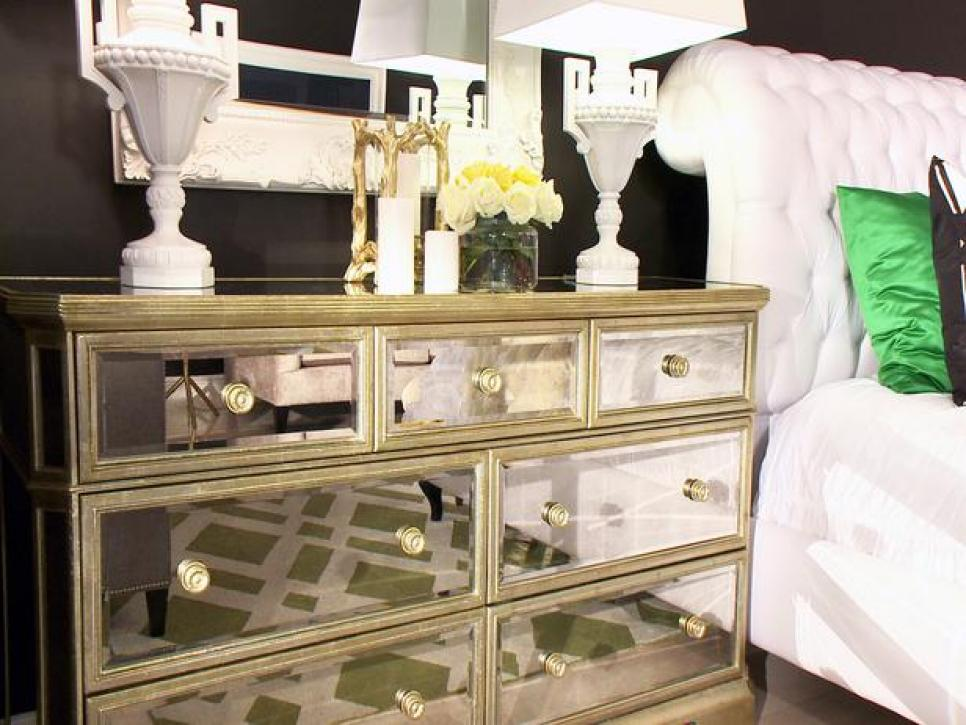 Picture of: Tall Dresser Decorating Ideas