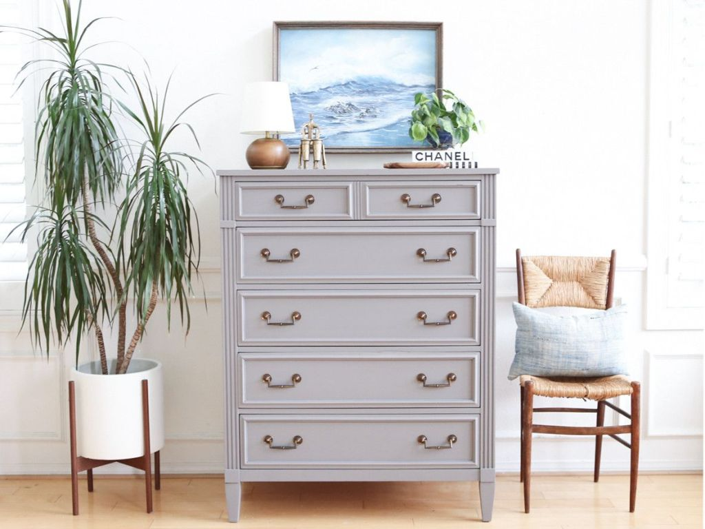 Image of: Tall Dresser with Small Drawers