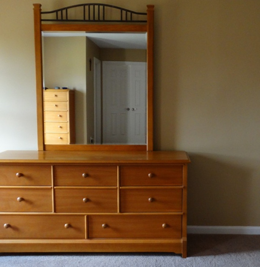 Picture of: Thomasville Furniture Reviews