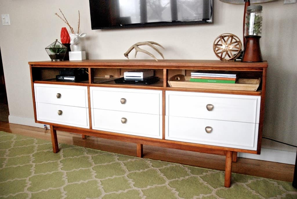 Image of: Tv Dresser Chest