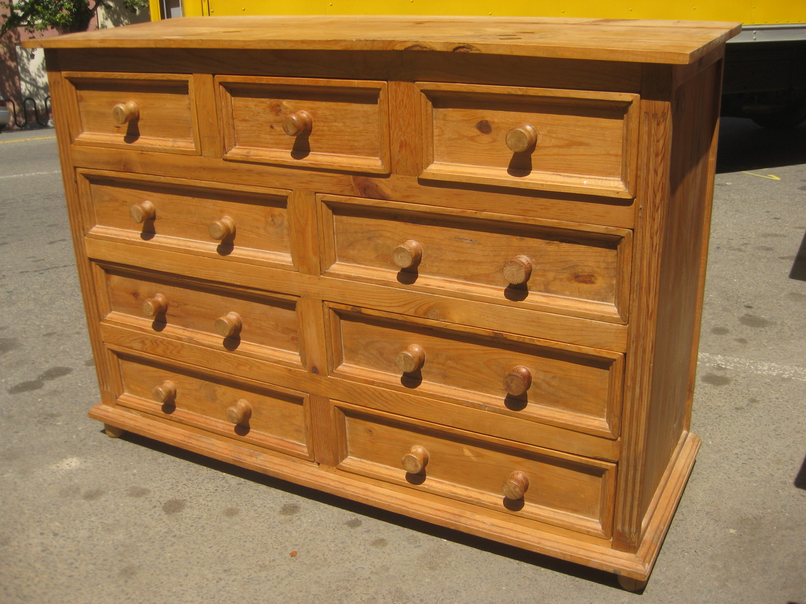 Picture of: Unique Bedroom Furniture Drawers Knobs