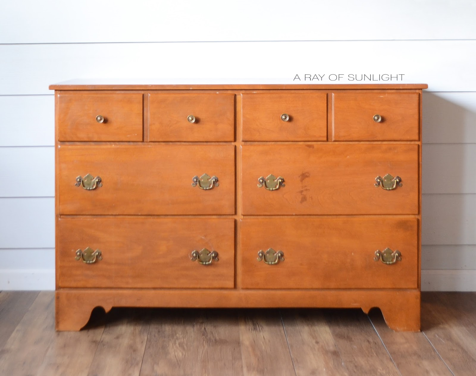 Image of: Used Ethan Allen Furniture for Sale