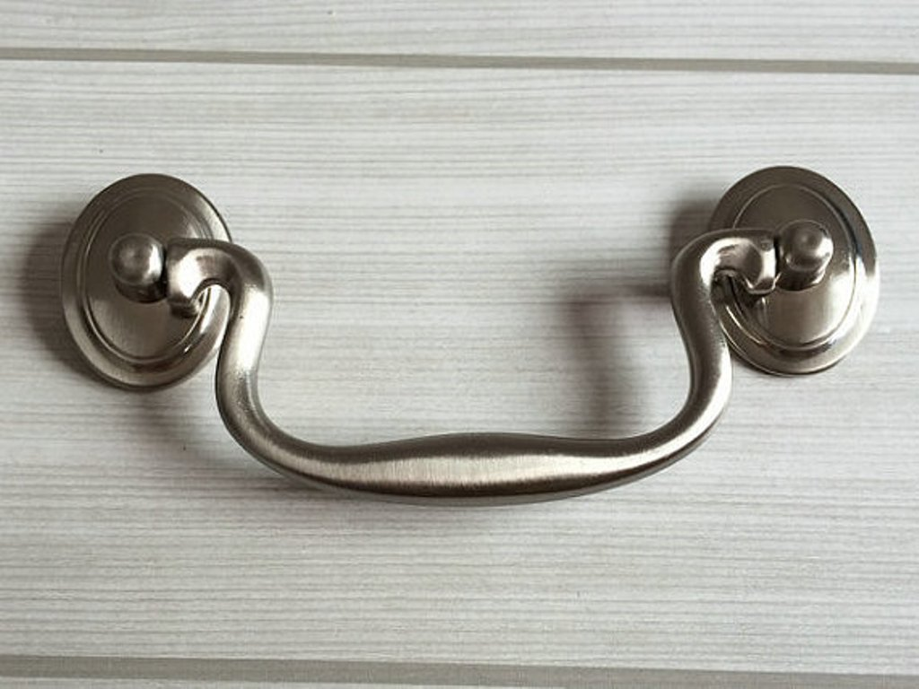 Image of: Vintage Cabinet Pulls and Knobs