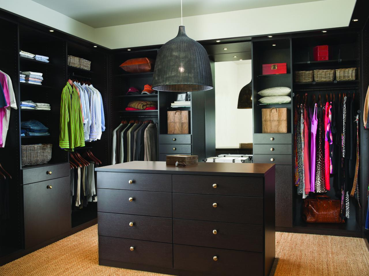 Picture of: Wardrobe Closet Lowes