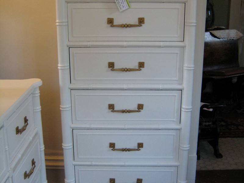 White 5 Drawer Dresser Narrow
