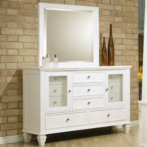 Picture of: White Drawer Dresser with Mirror