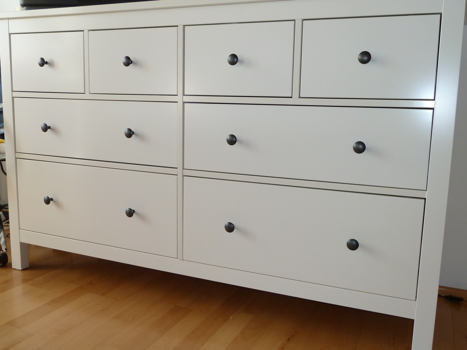 White Shoe Cabinet With Doors