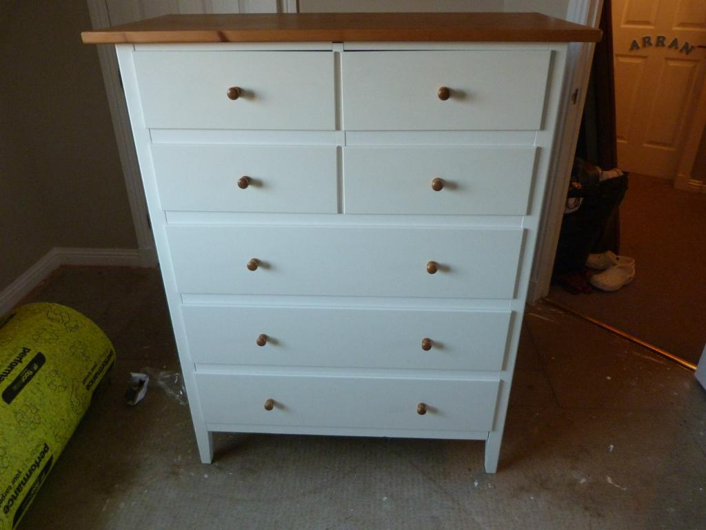 Image of: White Wooden Chest Of Drawers