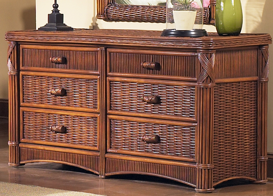 Image of: Wicker Chests Double