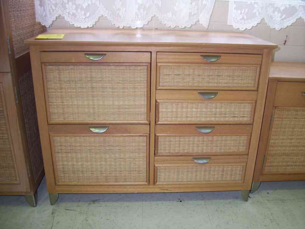 Image of: Wicker Dresser