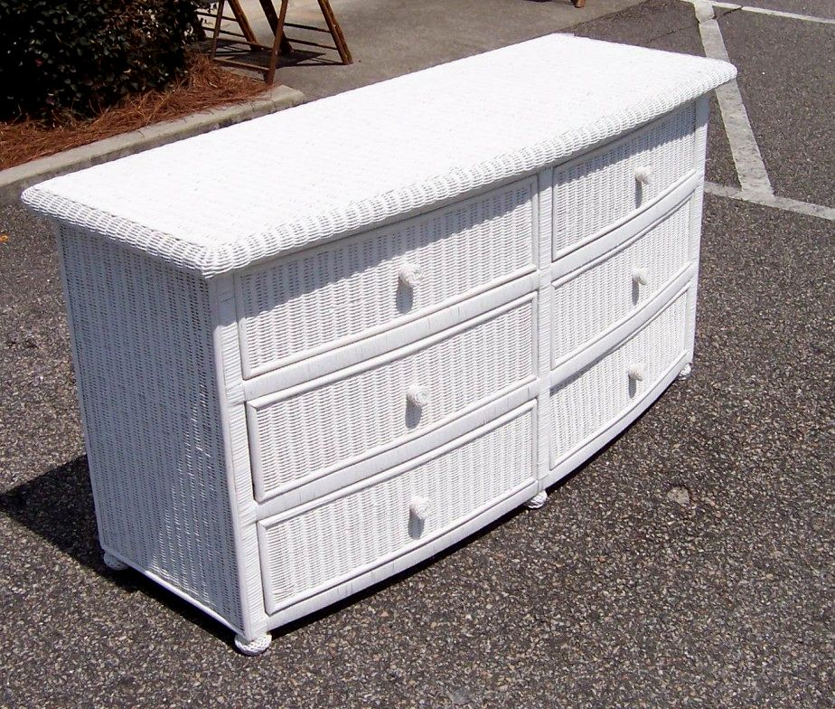 Image of: Wicker Storage Chest
