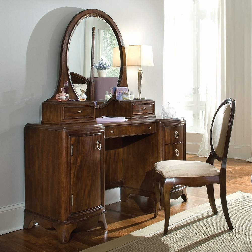 Picture of: Wooden Antique Vanity Table with Chairs