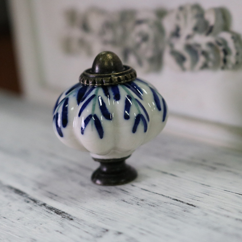 Picture of: World Market Drawer Knobs