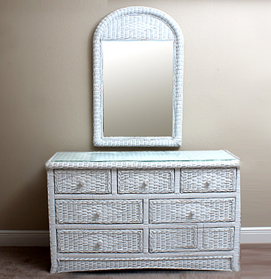 Image of: Woven Storage Chest