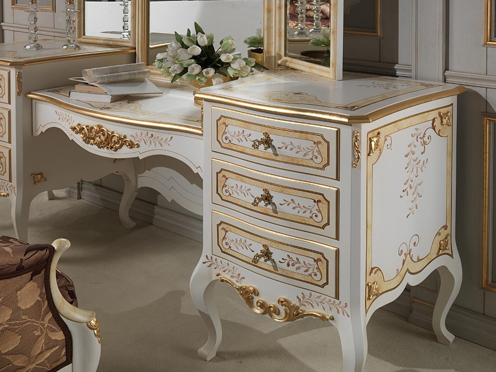 Antique Ivory Bedroom Furniture