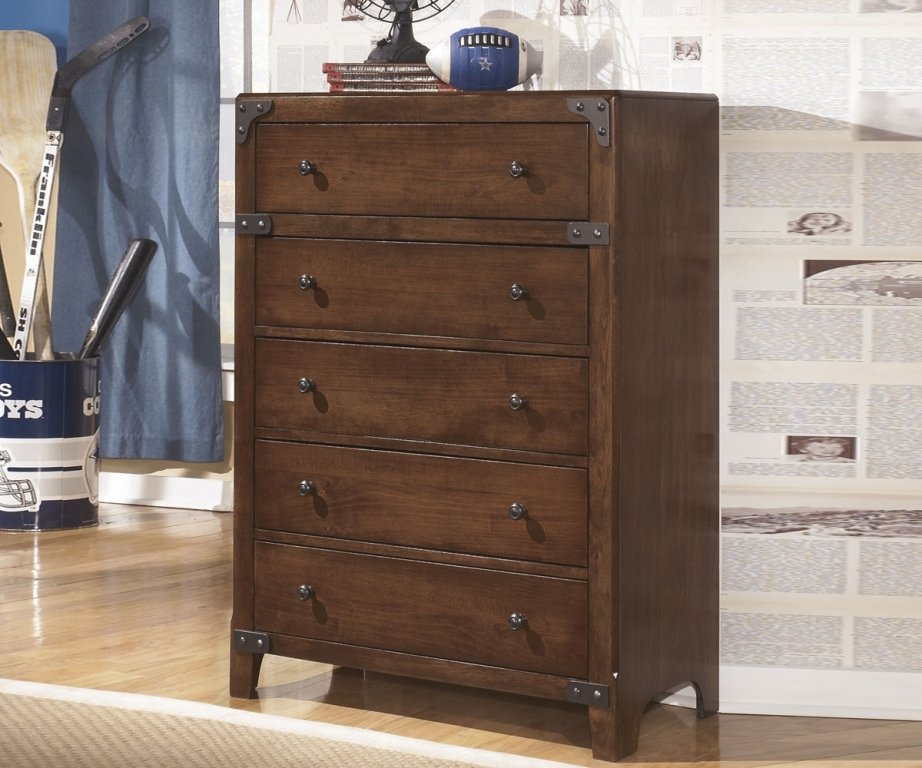 Image of: Ashley Furniture 5 Drawer Dresser