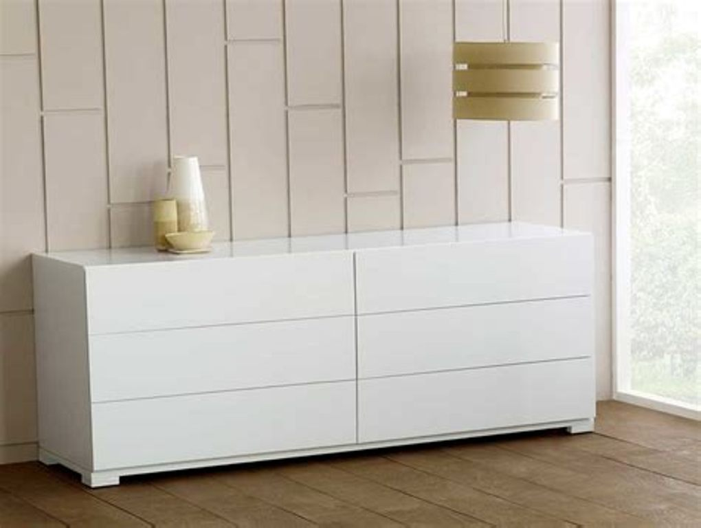 Picture of: Ikea Malm Dresser 6 Drawer