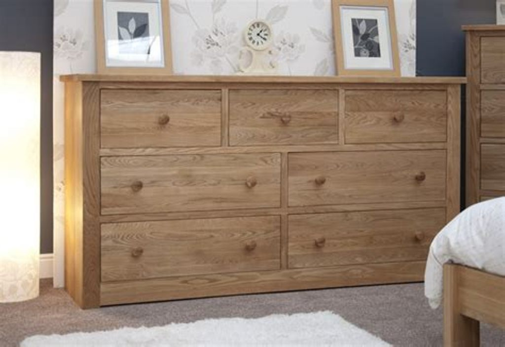 Image of: Modern Large Dresser With Deep Drawers