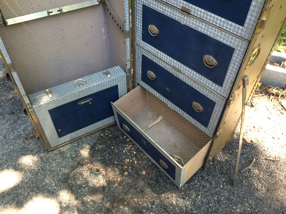 Picture of: Steamer Trunk With Drawers