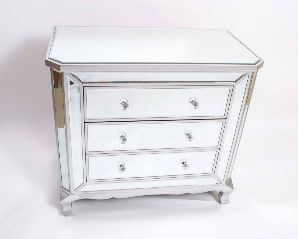 Picture of: Chest Drawer With Mirror