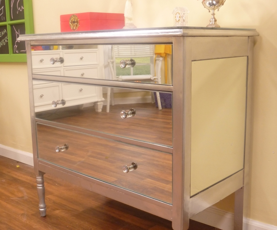 Picture of: Diy Mirrored Nightstand