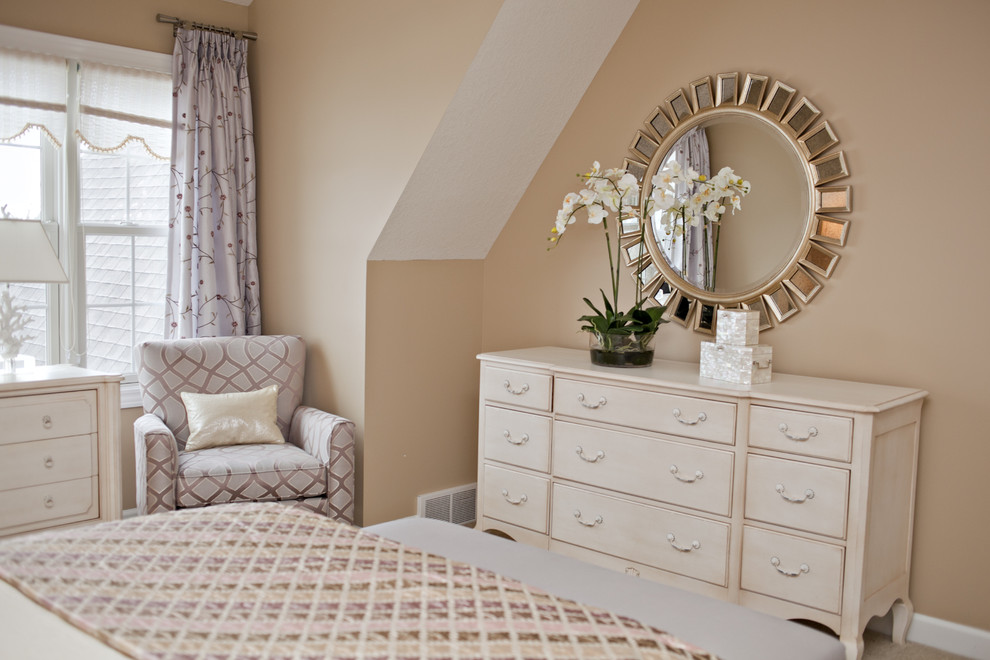 Picture of: Dresser With Mirror Design
