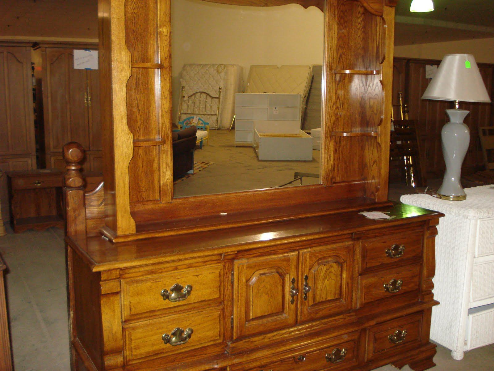 Dressers With Mirrors Cheap